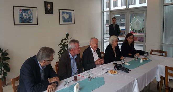 Ahmet Baysal,  rektöre muhtıra verdi