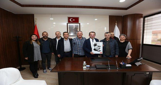 Bolu Halk Evleri yönetim kurulu üyeleri başkan Özcan'ı ziyaret etti