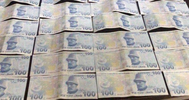 Bolu'da sahte paralarla yakalanan 3 kişi tutuklandı...